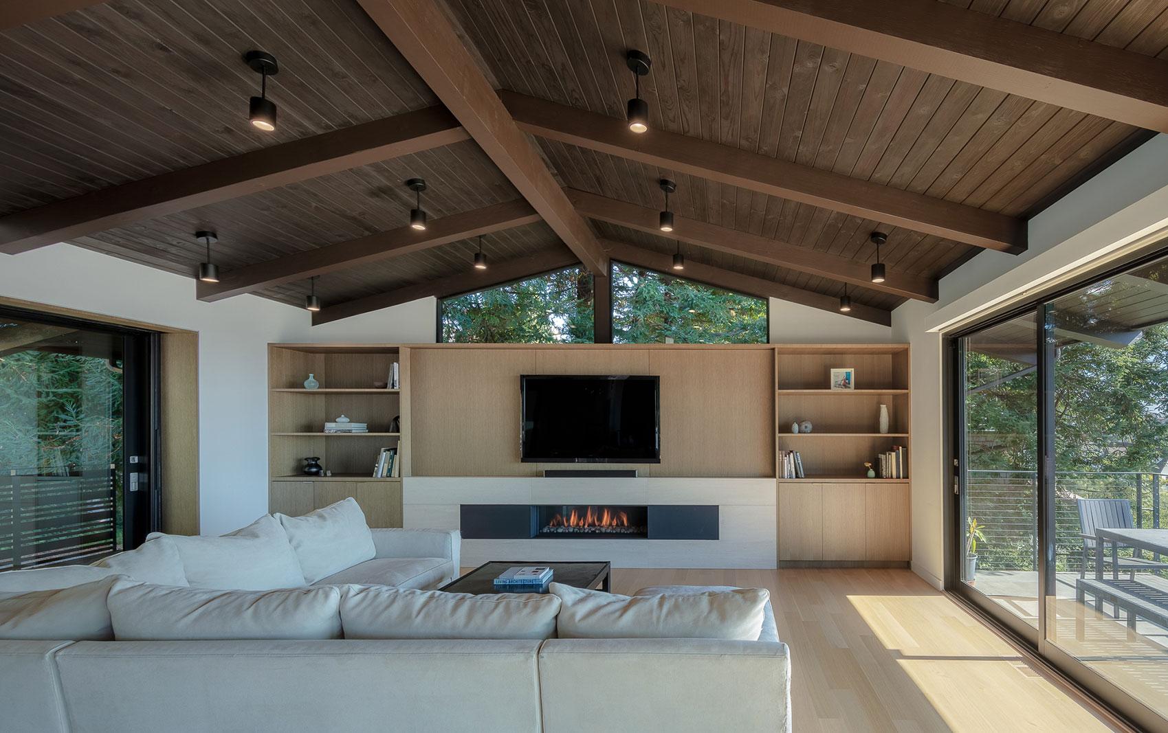 Piedmont HIllside Living Room Fireplace Buestad Construction
