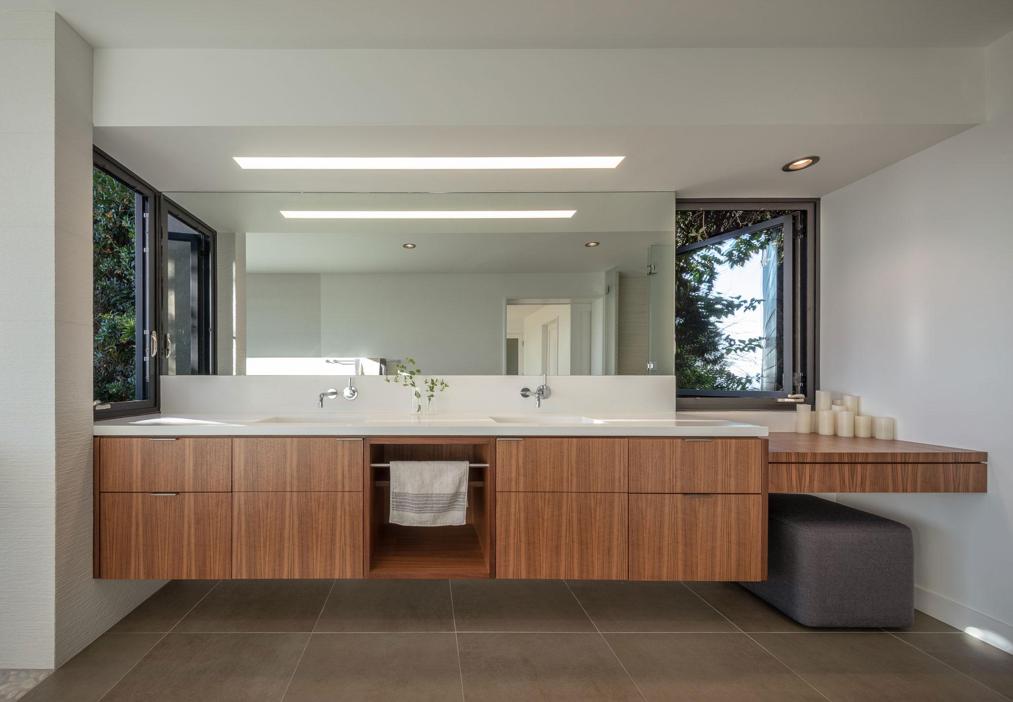 Piedmont HIllside Master Bath Buestad Construction