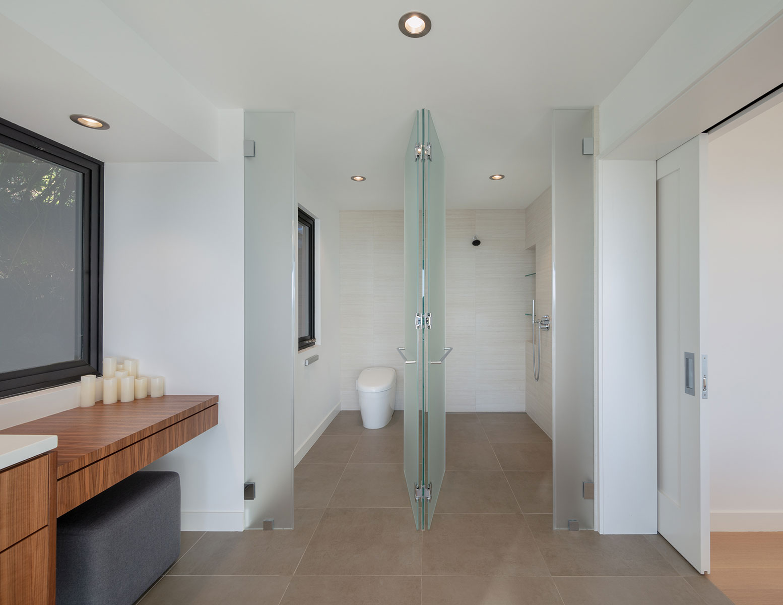 Piedmont HIllside Master Bath Shower Buestad Construction